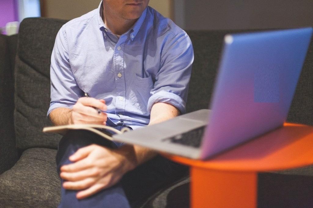 Quels sont les principaux objectifs du module logiciel de gestion ?